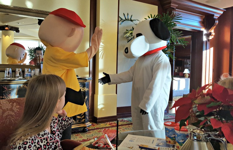Snoopy and Charlie Brown at the Four Seasons Westlake Village Character Breakfast