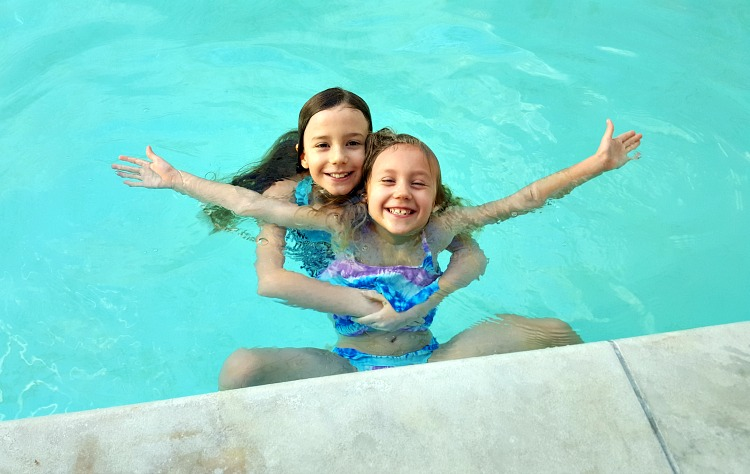 Zoë and Kaylee in the pool at the Four Seasons Westlake Village