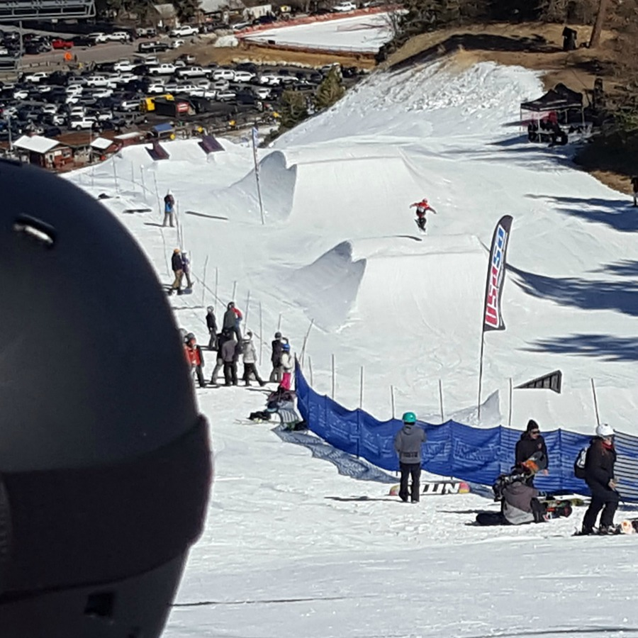Kaylee watching Zoë ride SlopeStyle at Bear Mountain