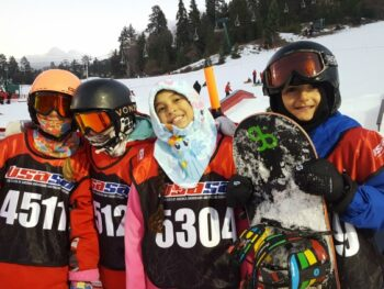 Zoë, Kaylee, Reese and Nico at Rail Jam