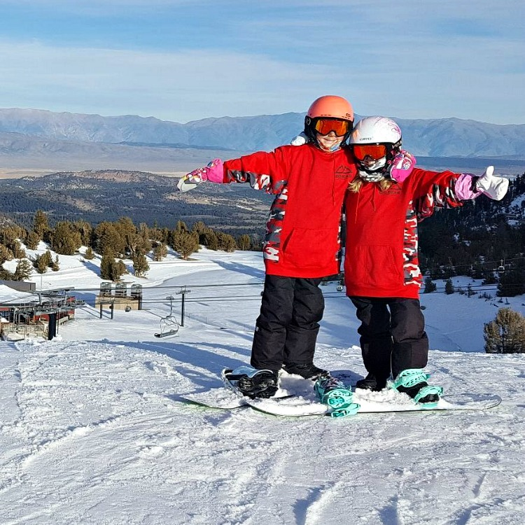 Zoe and Kaylee at Mammoth Mountain