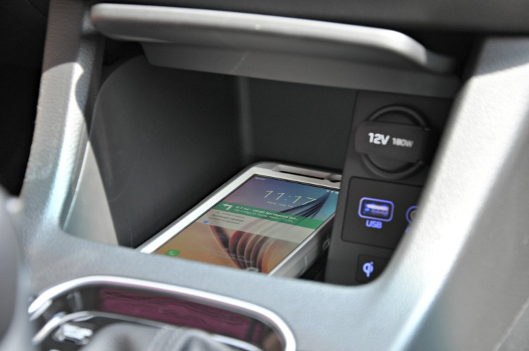 Wireless charger in the Hyundai Elantra GT