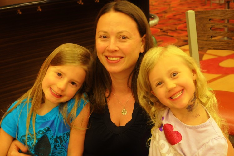 Chrystal, Zoe and Kaylee smiling at Red Rock Casino, Resort and Spa