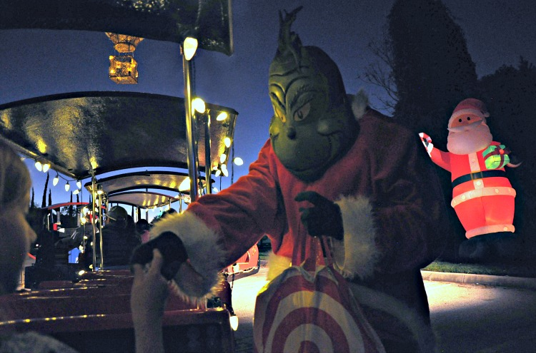 Grinch handing out candy at the Four Seasons Westlake Village