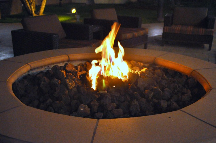 Marriott Courtyard Firepit lit up at night
