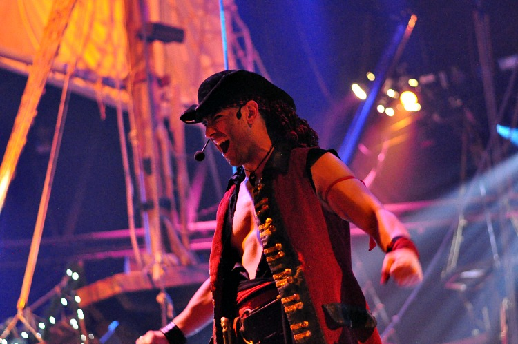 Red Pirate on stage at the Pirate's Dinner Adventure