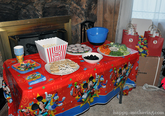 Snack table at Kaylee's 4th birthday party