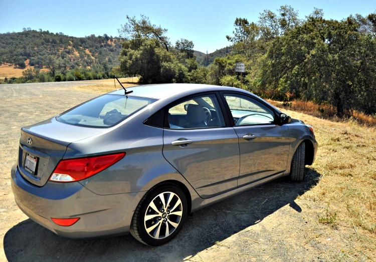 Hyundai Accent GLS in nature