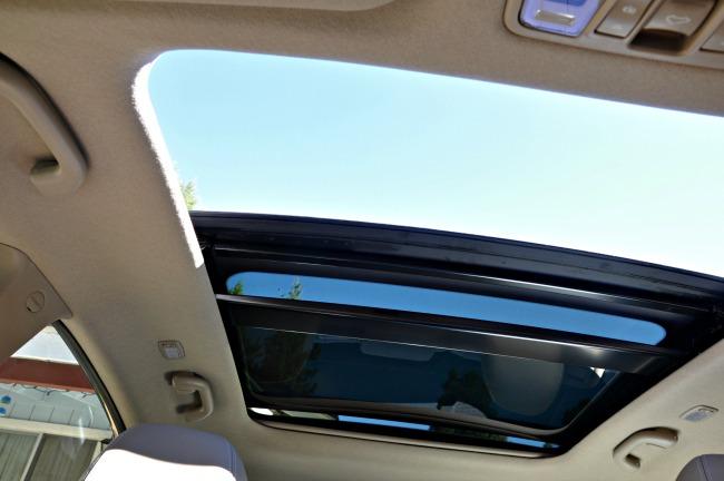 Hyundai Elantra GT sunroof