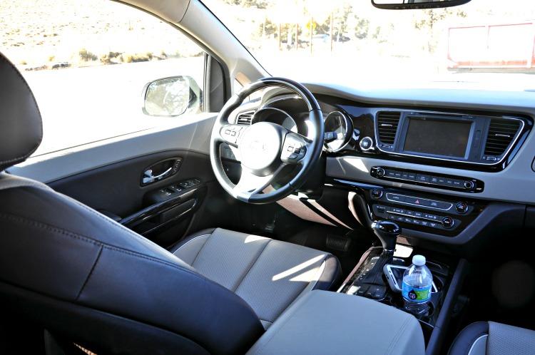 Kia Sedona driver's seat