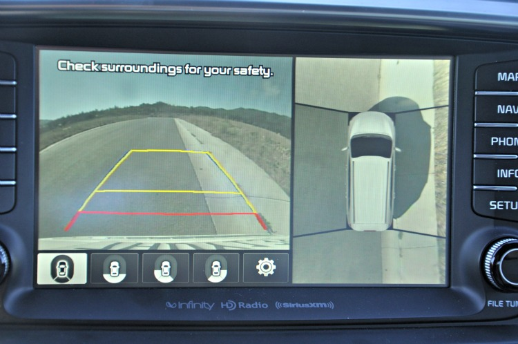 Backup camera in the Kia Sorento