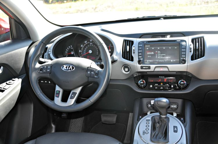 Kia Sportage steering wheel and driver's seat