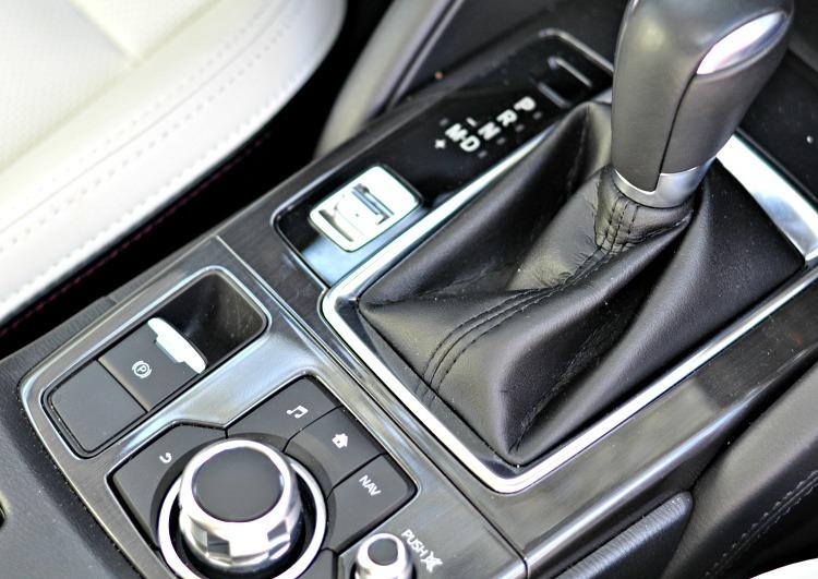 Mazda CX-5 center console