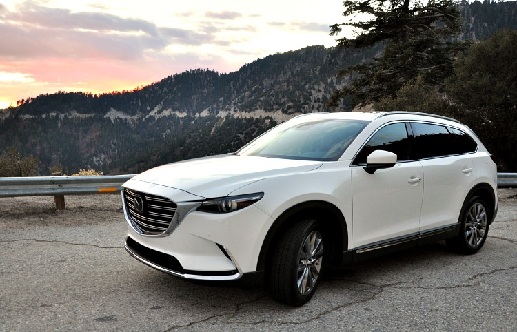 Mazda CX-9 Front angle on mountain roads