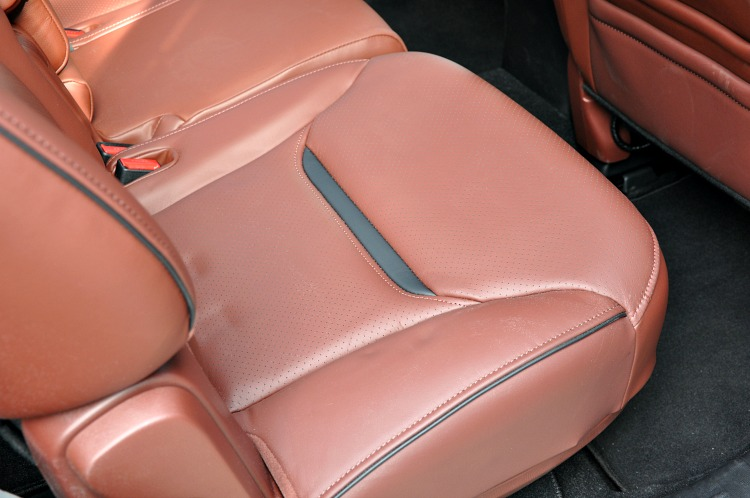 Mazda CX-9 brown leather seats