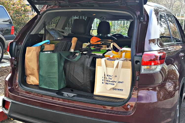 Toyota Highlander Hybrid trunk full of bags